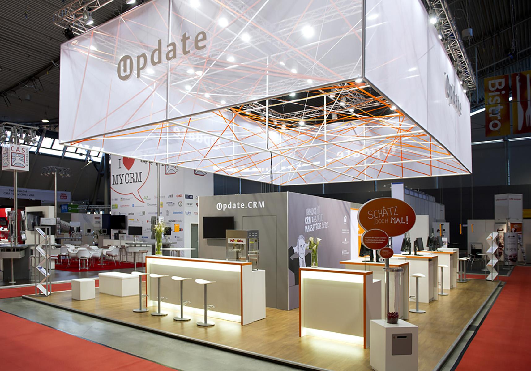 Update CRM Expo Stuttgart Messestand von Blickfang Messebau