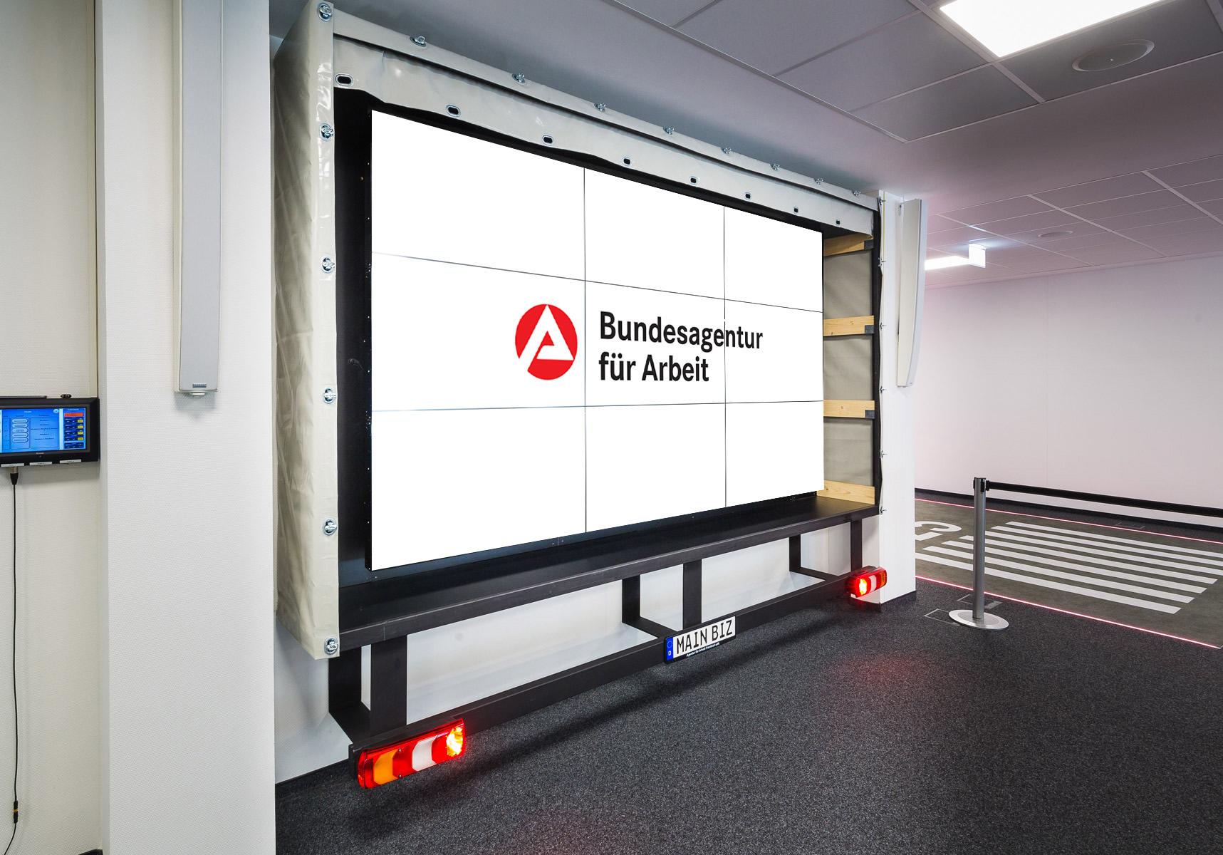 Agentur-für-Arbeit-Main-Biz-Erlebniswelt-Frankfurt-1717-1200_265_2